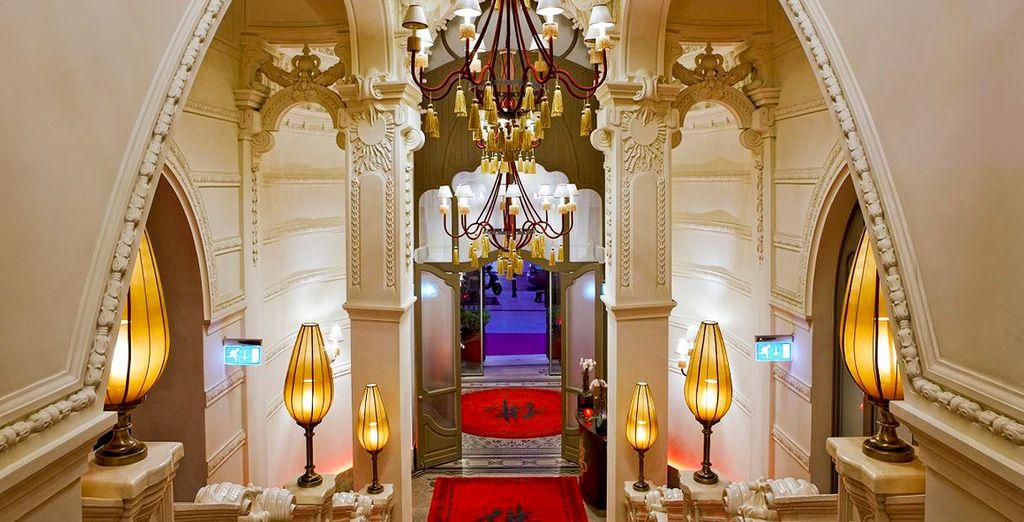 Poussez les portes d'un établissement somptueux - Buddha-Bar Hotel Budapest Klotild Palace 5* Budapest
