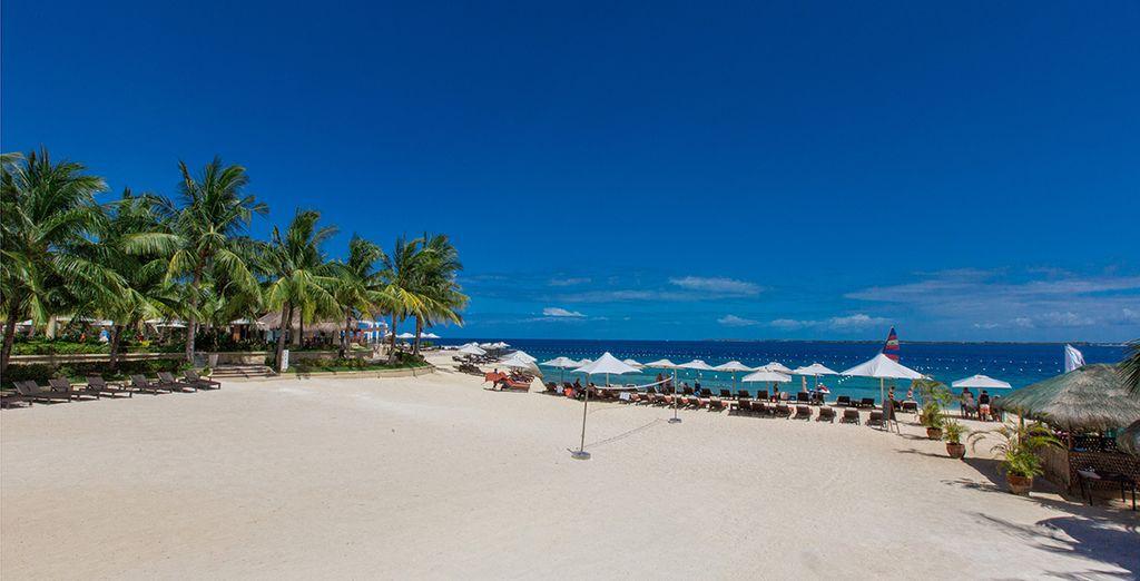 Ou rejoignez la somptueuse plage privée
