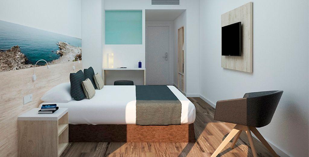 Hôtel haut de gamme 4 étoiles avec chambre double tout confort, piscine et espace détente