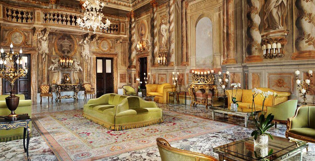 Nous vous attendons dans un luxueux 5* - Grand Hotel Continental 5* Sienne