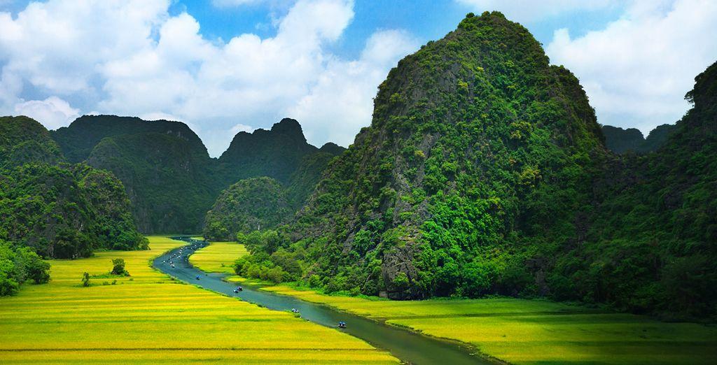 L'odyssée tonkinoise se poursuit ensuite à Ninh Binh
