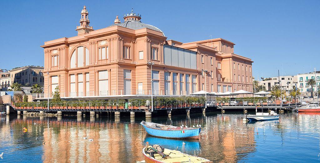 Après l'embarquement à Trieste, vous visterez la ville de Bari