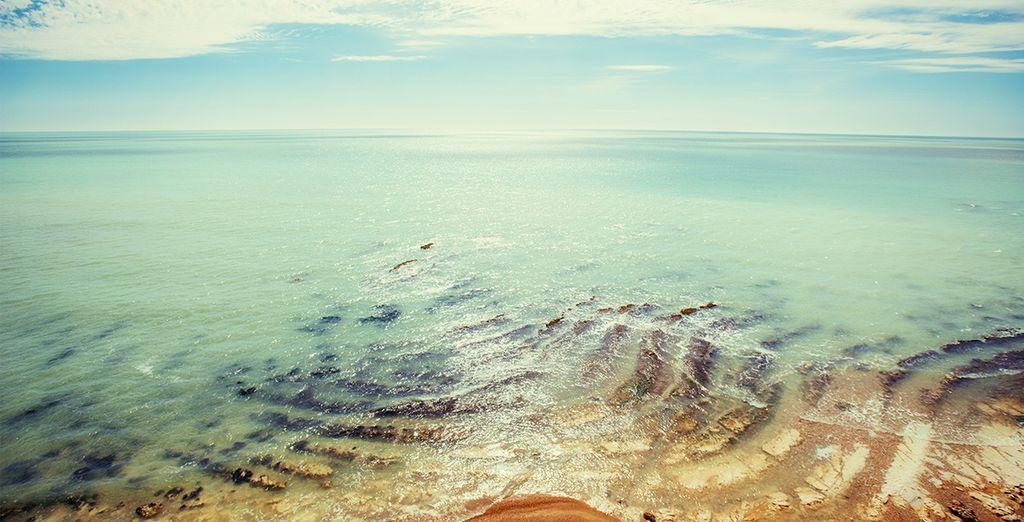 Et de leurs plages d'eau naturellement chaude
