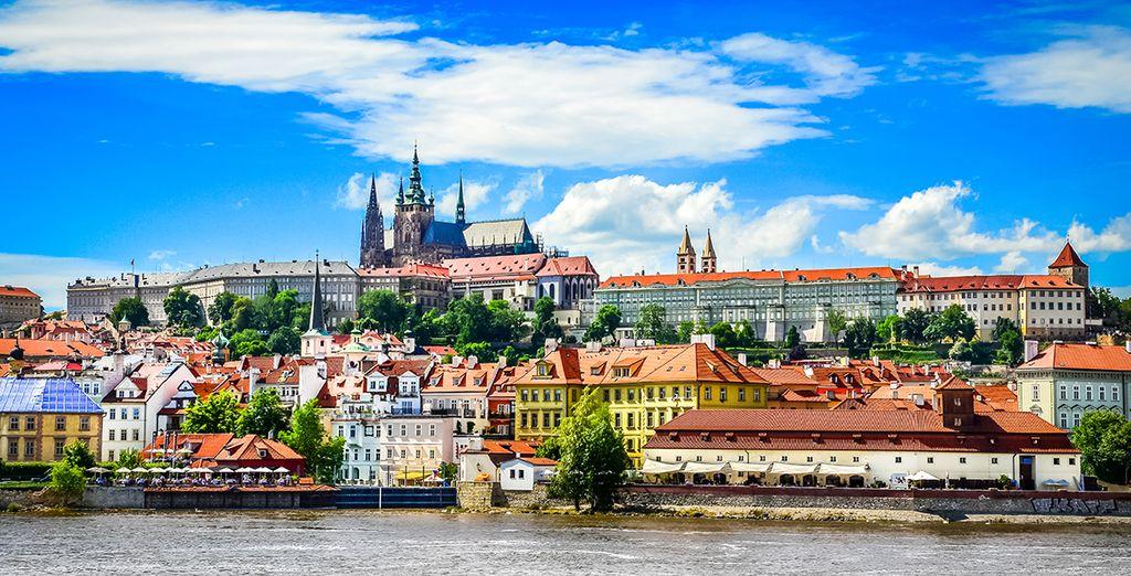 Bienvenue à Prague... ensorcelante cité à l'histoire millénaire - NH Prague 4* Prague