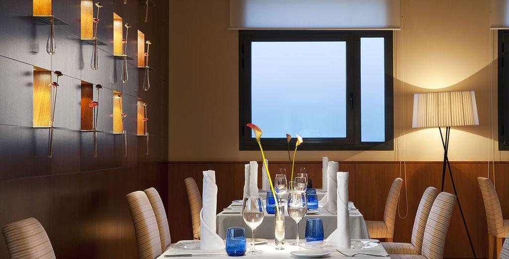 Et pour vos moments gourmands, le restaurant de l'hôtel vous ouvrira ses portes