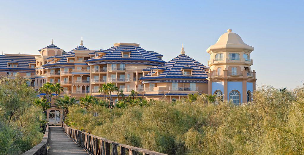 L'hôtel prend place dans un cadre naturel de toute beauté