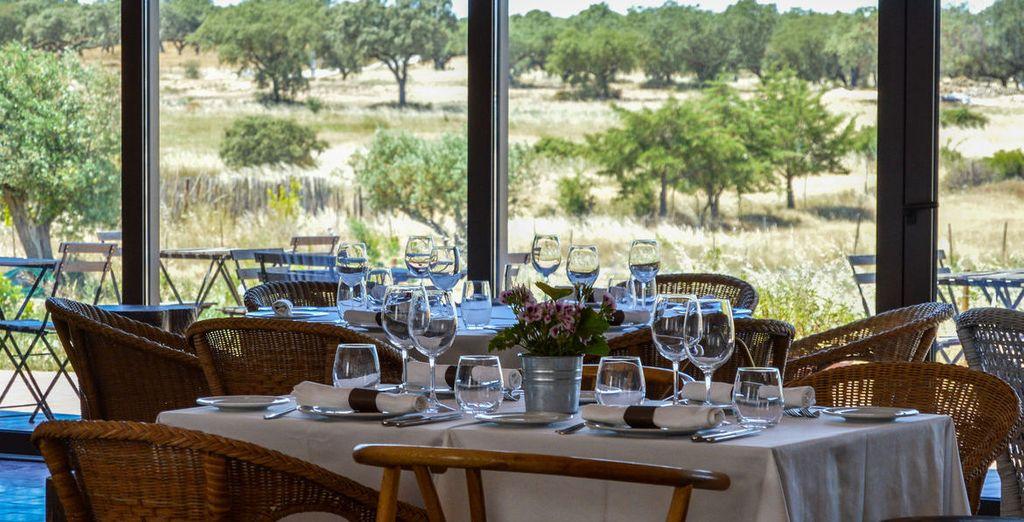Tout comme le restaurant Cardo où vous aurez plaisir à vous attabler pour des dîners gastronomiques