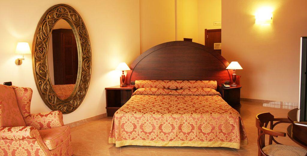 Découvrez votre chambre lumineuse au style baroque