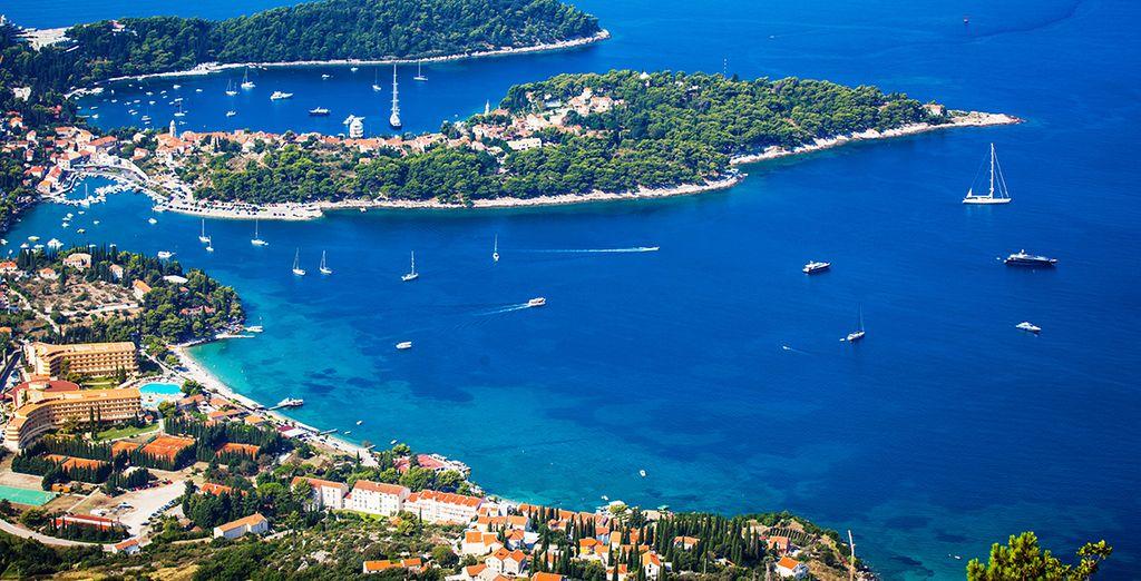 Envolez-vous pour le littoral croate, direction le port de Cavtat...