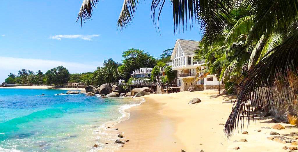Bienvenue dans votre prochain pied-à-terre, le Bliss Hotel Seychelles n'attend plus que vous
