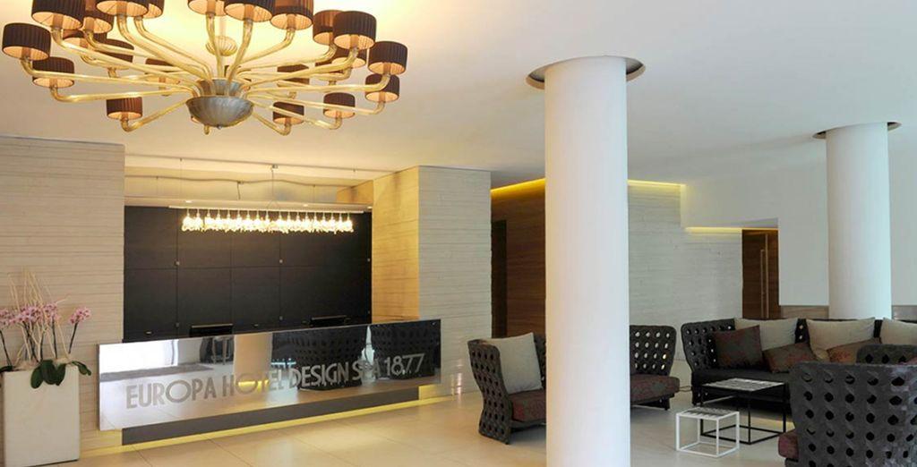 un hôtel à la décoration moderne