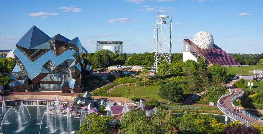 Et amusez-vous en famille au parc du Futuroscope !