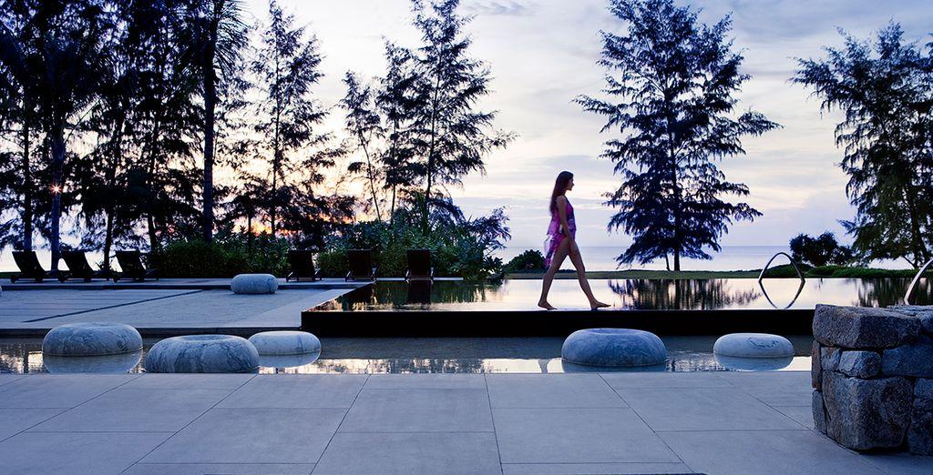 La piscina principale è anch'essa sensazionale, con vedute meravigliose