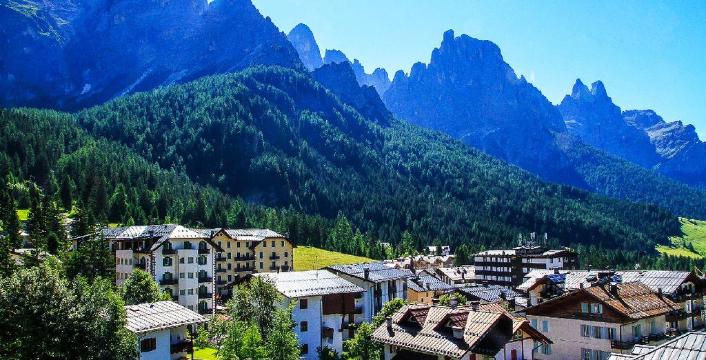 Fotografia delle Alpi nell'Italia settentrionale e fuga in montagna
