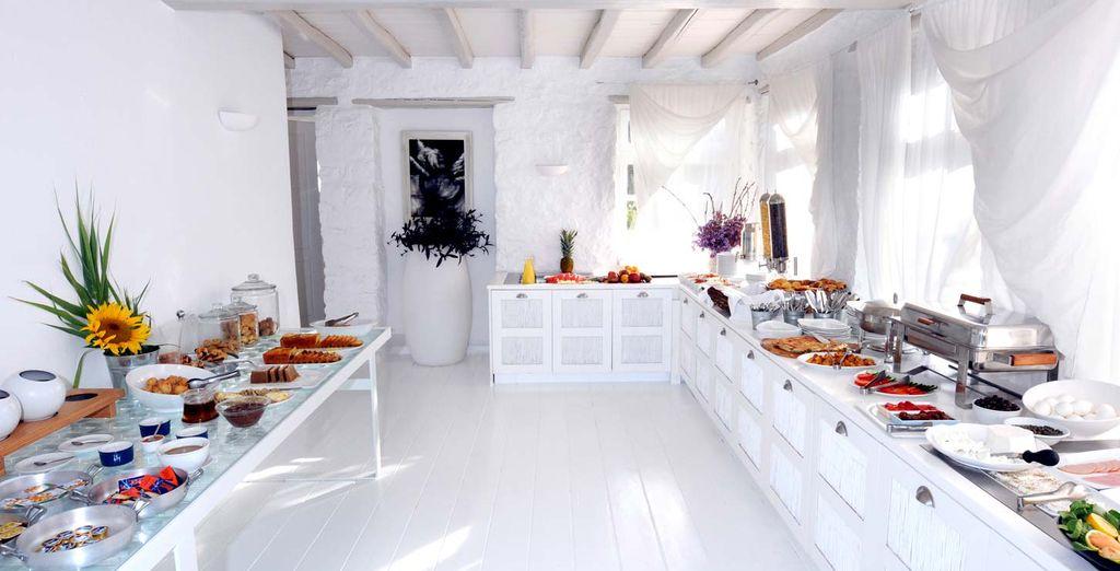 Gustatevi un'abbondante prima colazione grazie al ricco buffet