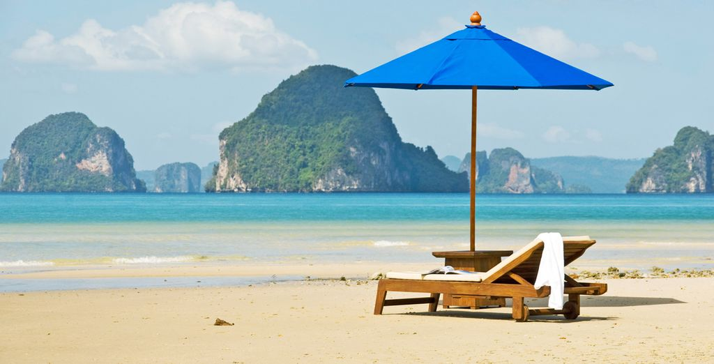 Prima tappa la bellissima spiaggia di Kata Beach a Phuket