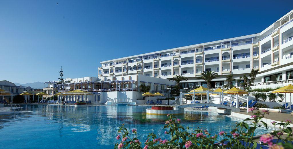 Scoprite Creta, soggiornando presso il Mitsis Serita Beach