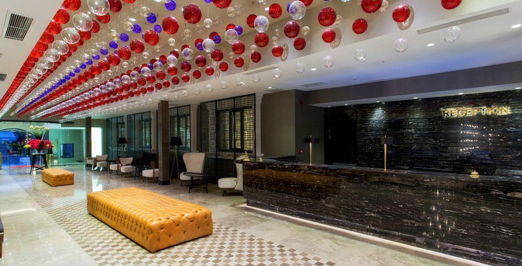 L'elegante hotel 5* vi dà il benvenuto