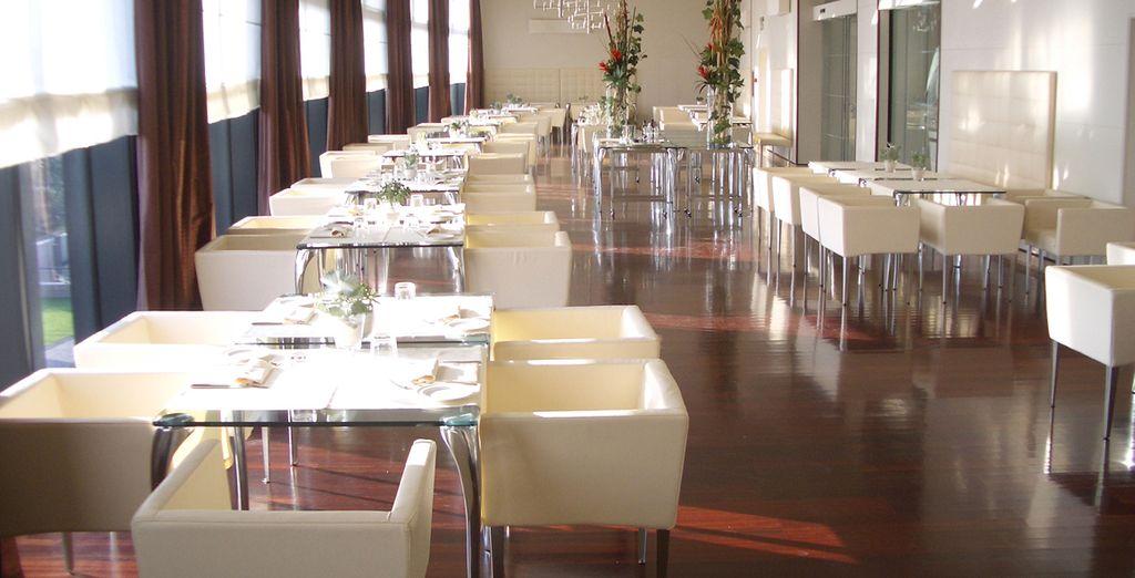 L'hotel è dotato di ristorante, dove assaporare prelibatezze sopraffine...