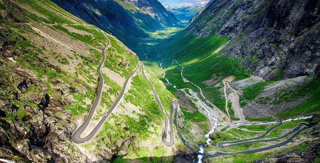 ammirate il Geirangerfjord e la Strada dei Troll dall'alto
