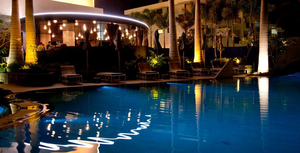 Rilassatevi con un tuffo in piscina