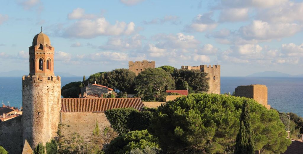 e lasciatevi conquistare dalla bellezza del Castello di Castiglione!