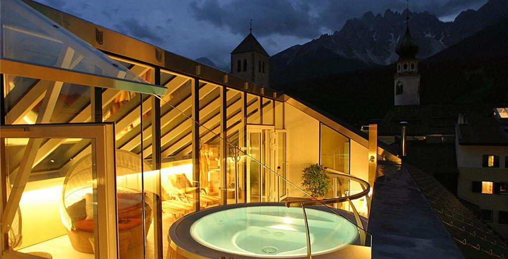 Hotel Cavallino Bianco 4*S