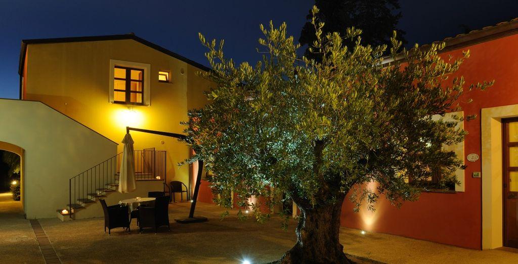 Alghero Resort & Spa nasce dal recupero di un'antica dimora di campagna del 1700
