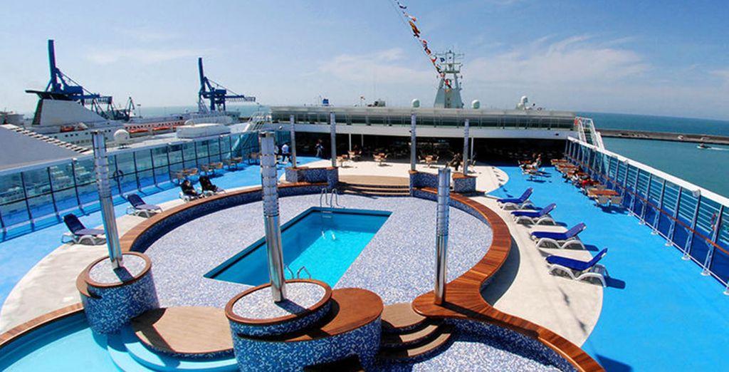 Sono navi dotate di tutti i comfort per garantire un viaggio piacevole