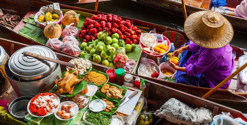 Resterete affascinati dal caratteristico floating market