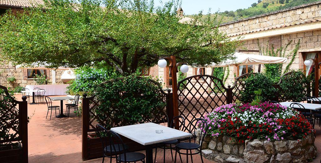 Il patio è il luogo ideale dove rilassarsi nella bella stagione