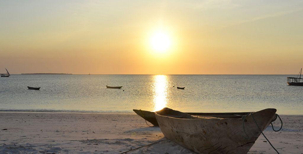 Spiagge lunghissime dalla sabbia finissima che al tramonto vi regaleranno panorami mozzafiato.