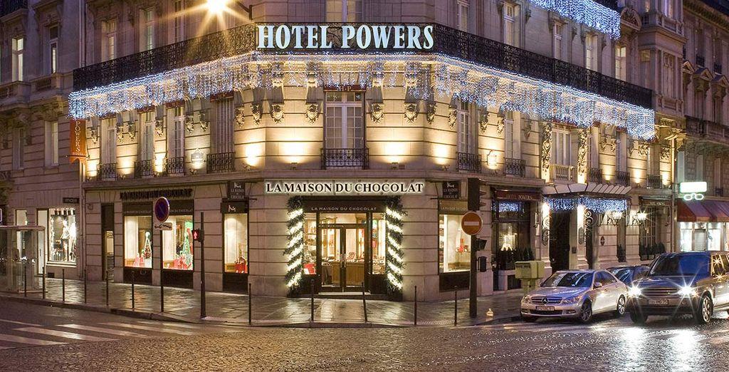 vi accoglie l'Hotel Paris Power, raffinato ed elegante 4*