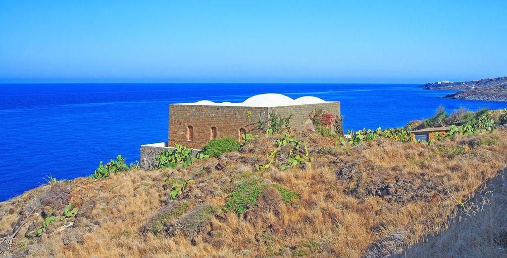 Mare blu turchese e panorami mozzafiato