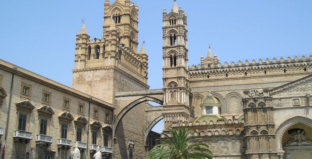 La cattedrale di Palermo vi conquisterà