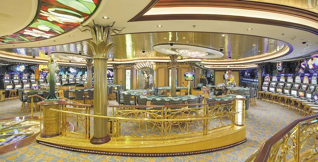 o il Casinò Royale in perfetto stile Las Vegas