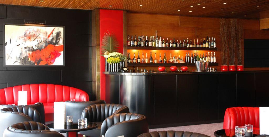 In coppia o con gli amici, concedetevi una pausa al bar dell'hotel