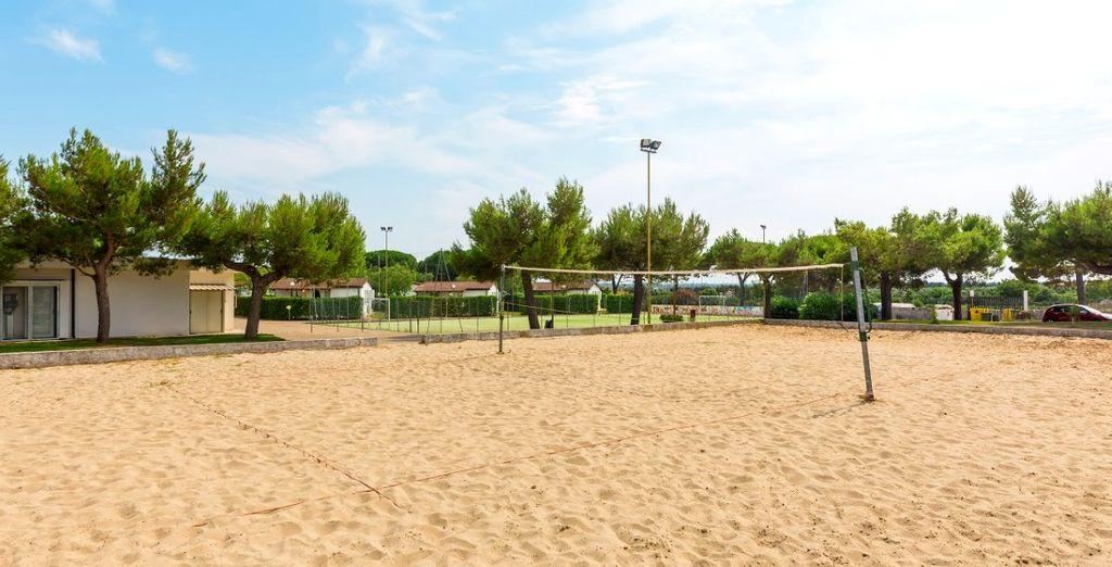 I più sportivi potranno divertirsi nel campo di beach volley
