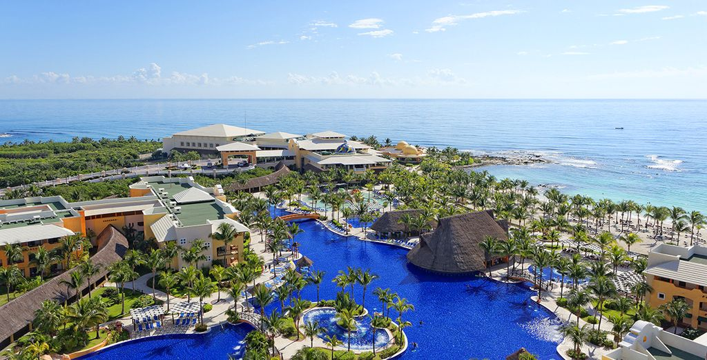 Barcelo Maya Palace Deluxe vi accoglie per un soggiorno di totale relax