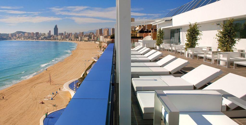 La posizione invidiabile sulle spiagge della Costa Blanca non vi deluderà