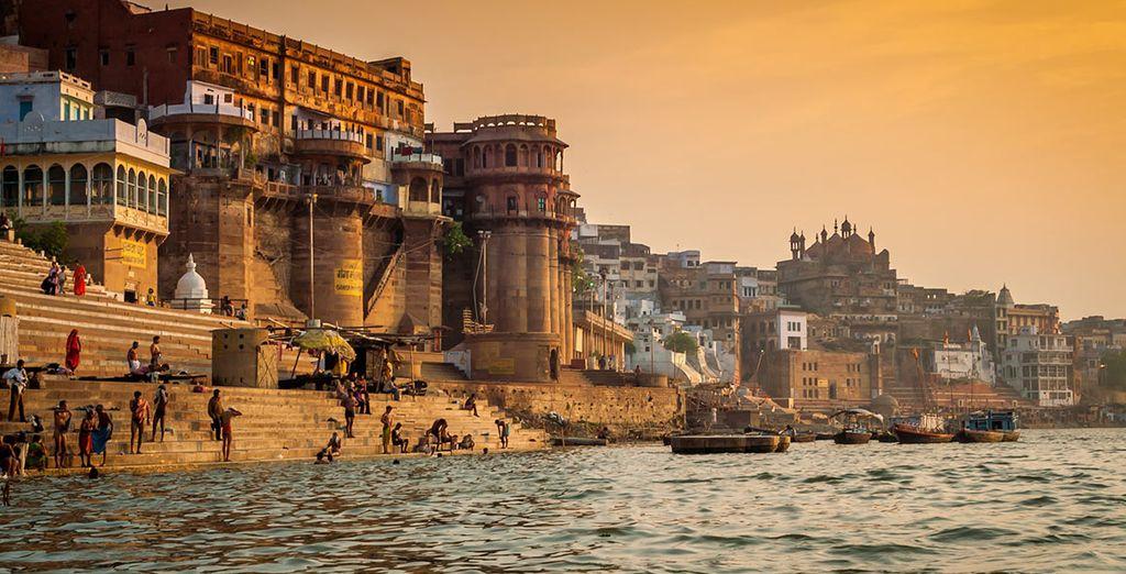 Lambita dalle acque calme del Gange