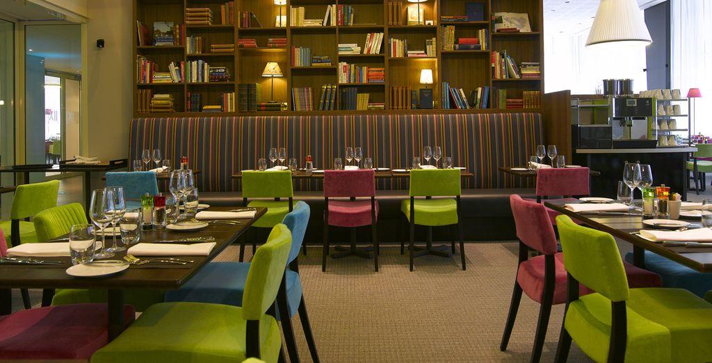Gustate le atmosfere chic del ristorante Twelve