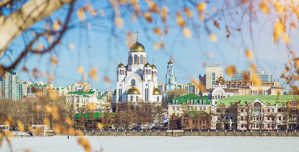 Ammirate l'architettura unica che potrete incontrare solo in questo crocevia di Europa e Asia (nella foto Ekaterinburg)