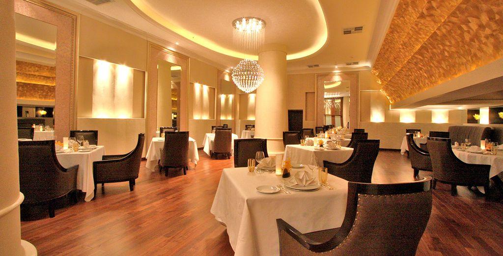 Potrete deliziare i vostri palati grazie ai diversi punti ristoro presenti nell'hotel