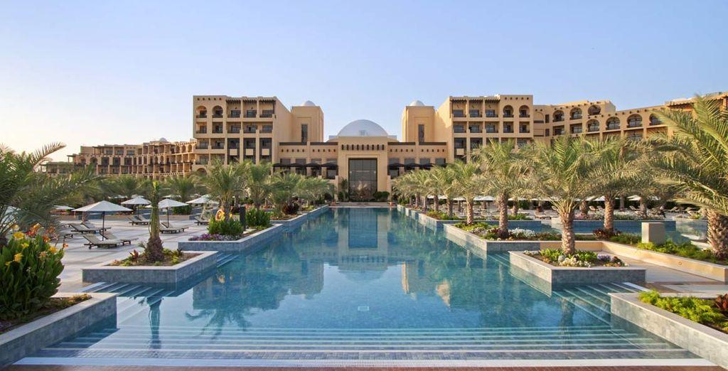 L'Hilton Ras Al Khaimah Resort & Spa 5* vi apre le sue porte