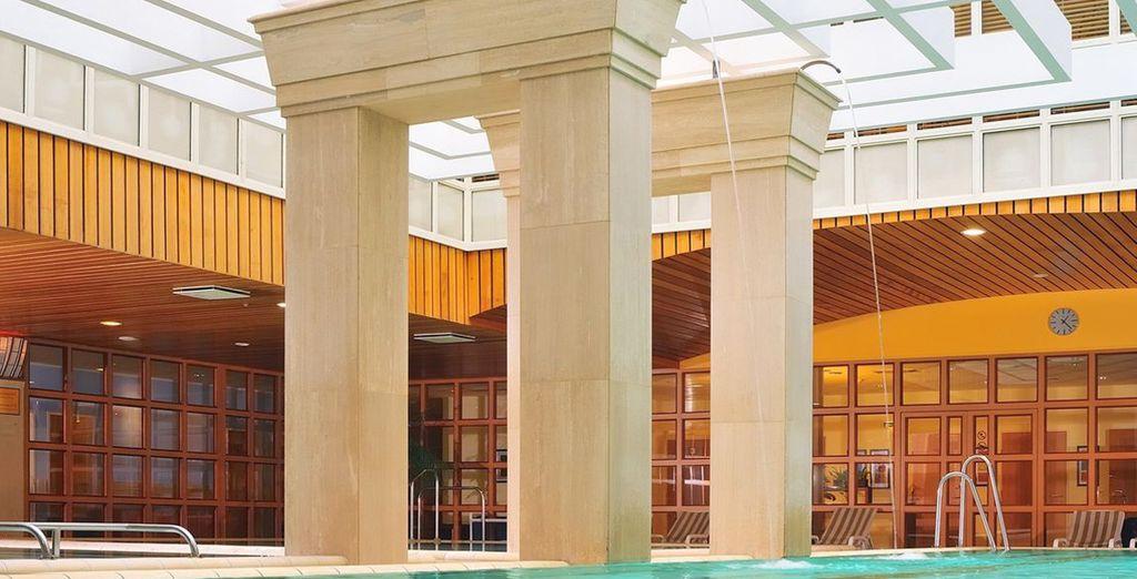 o rilassatevi nella meravigliosa spa di 1660 mq grazie all'accesso libero