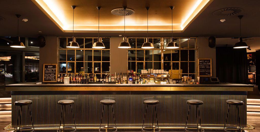 Oppure gustate le prelibatezze del Ruby Marie Bar & Café