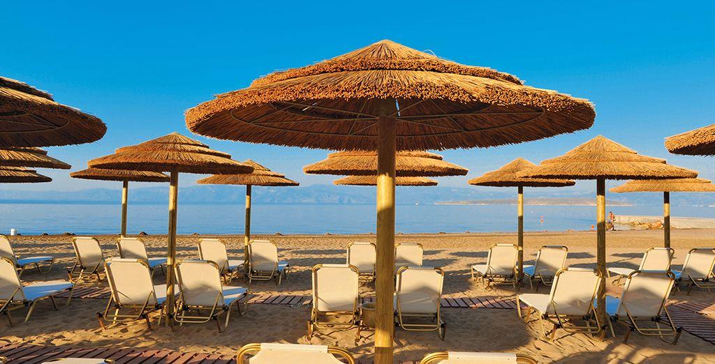 Decidete in alternativa di trascorrere le vostre giornate nella bellissima spiaggi di Kandia