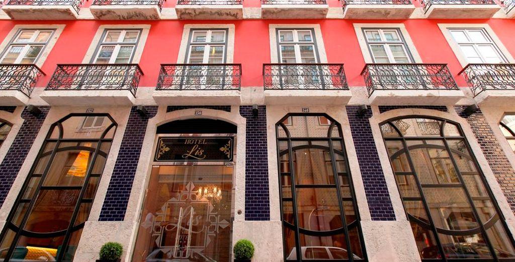L'Hotel Lis nel vivace quartiere di Baixa vi attende