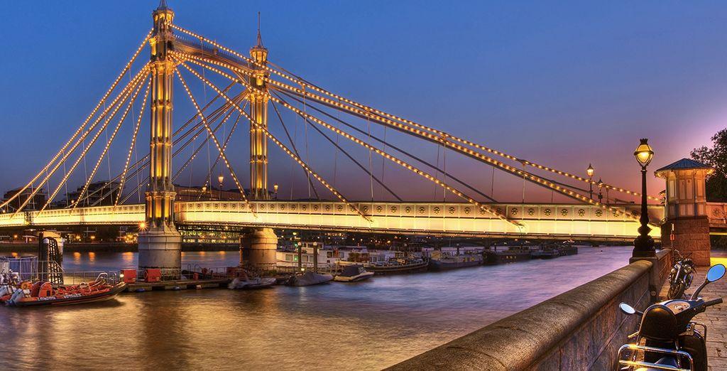 e l'Albert Bridge, set di una scena del film Sliding Doors con Gwineth Paltrow